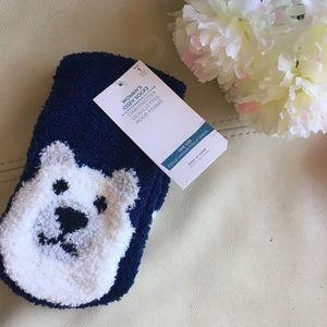 NWT adorable & cozy polar bear socks